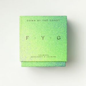 find-your-glow-down-by-the-coast-candles-memories-seaweed-bergamot-jasmine-324x405